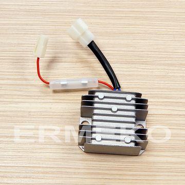 Regulator tensiune (AVR), senzori de ulei, alternator, releu